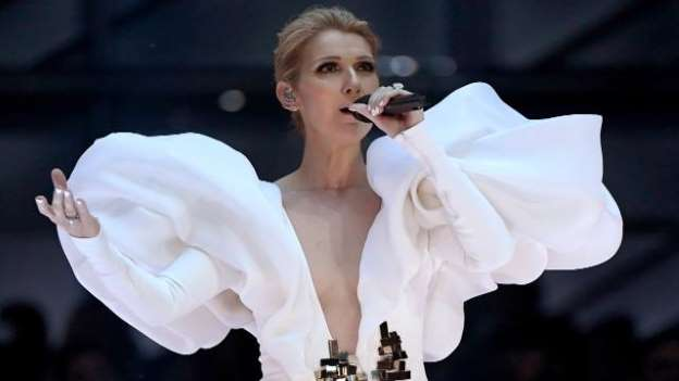 Celine Dion Delivers Emotional Performance of 'My Heart Will Go On' at the 2017 Billboard Music Awards