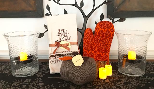 Hallmark Thanksgiving and Fall décor #LoveHallmarkCA