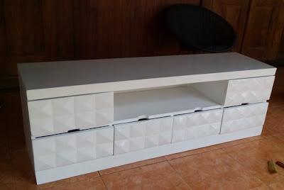 bufet tv minimalis untuk rumah baru