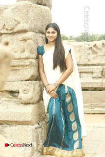 Actress Shruti Reddy Latest Po Shoot Gallery  0031.JPG