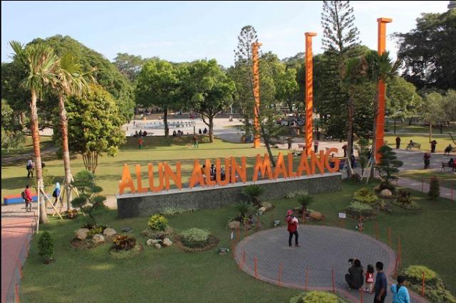 20 Tempat Wisata Malang Kota Terbaru Terfavorit Anti Mainstream  Alun-alun Kota Malang