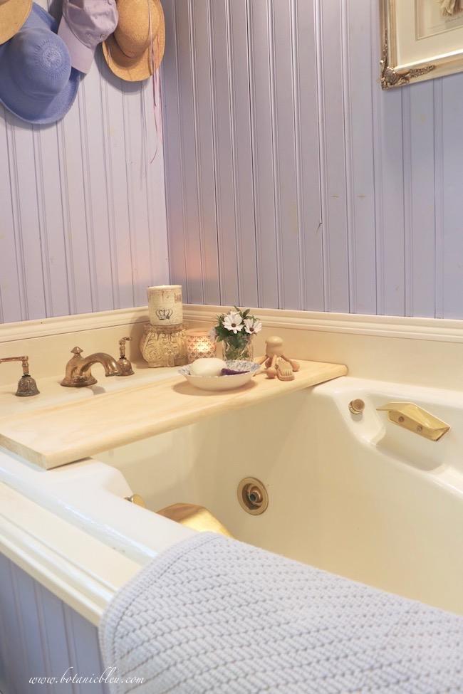 easy DIY wood bathtub tray adds French Country charm to master bath