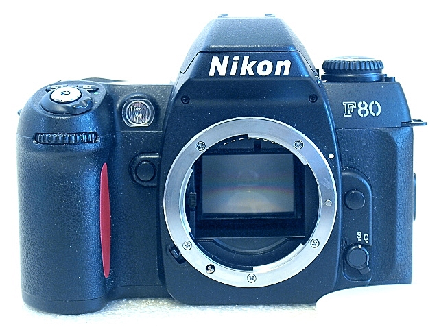 Nikon F80, Front