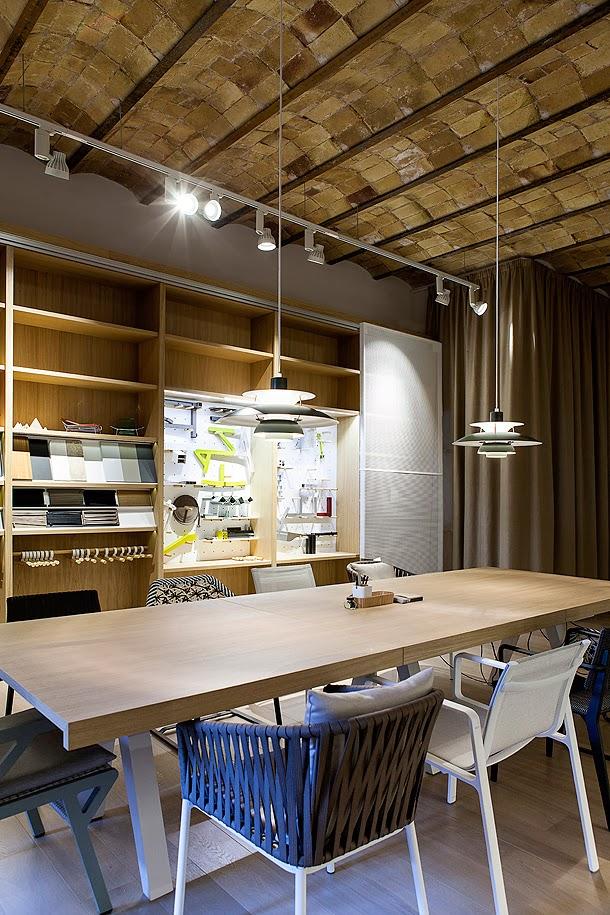 Marzua kettal renueva sus oficinas centrales en barcelona for Interiorismo oficinas