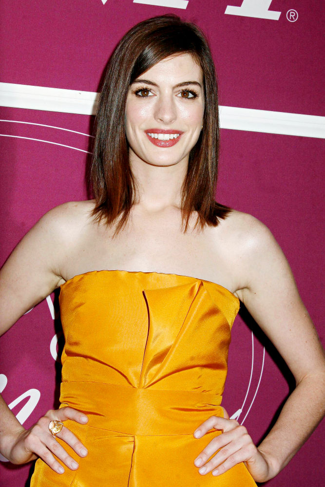 anne-hathaway8 - Hoot Bollywood and Hollywood Update
