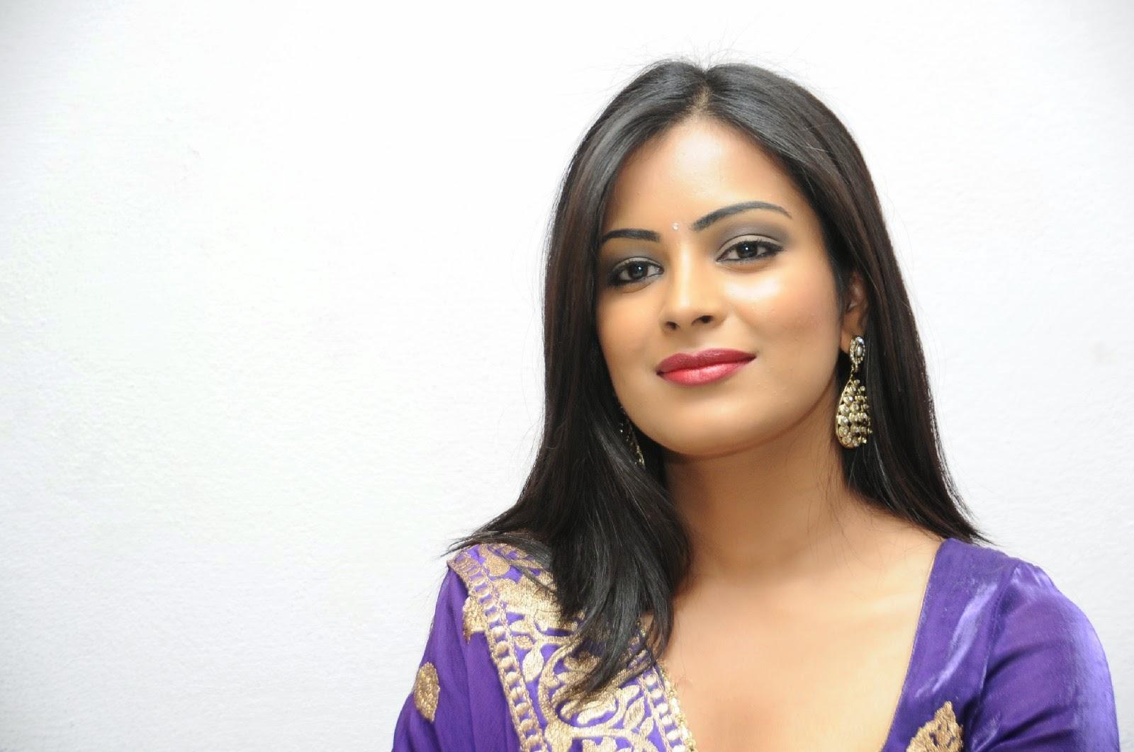Actress Geetha Nude 89