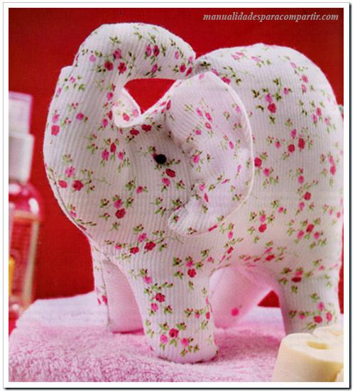 Manualidades para compartir elefantito de tela paso a for Manualidades con tela paso a paso