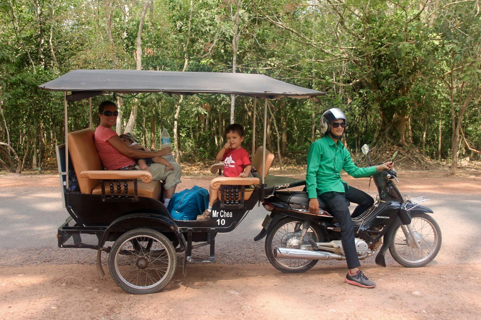 Conhecendo Camboja com crianças