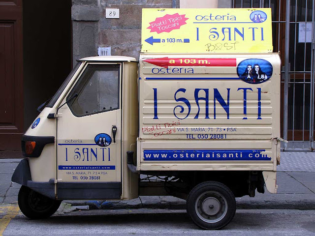 Osteria I Santi, The Saints Inn, Ape car ad, via Santa Maria, Pisa