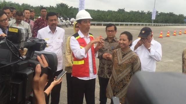 Jawaban Presiden Jokowi untuk Mereka yang Anggap Infrastruktur Tak Penting