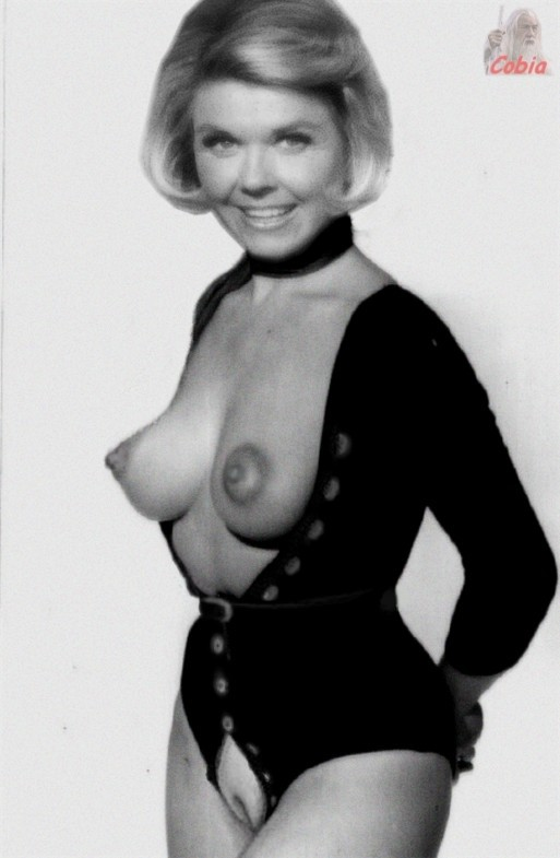 Doris Day Nude Photos 31