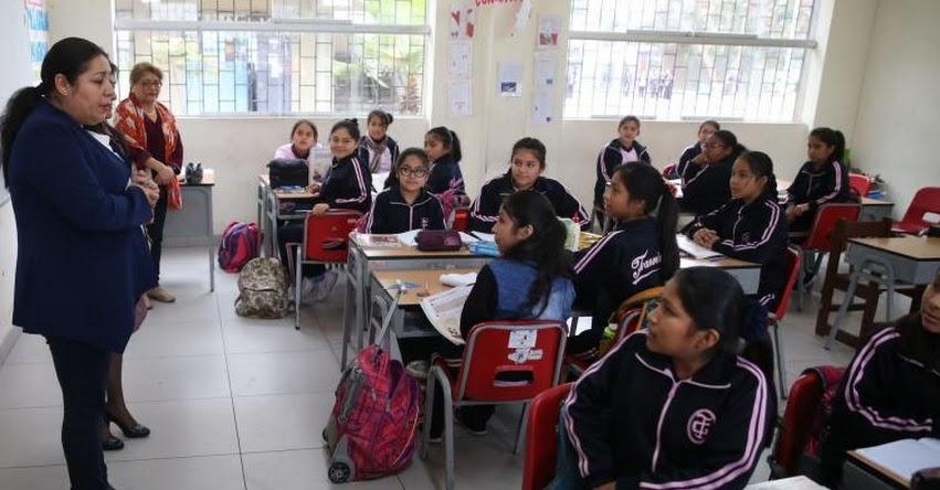 Clases escolares se restablecen en 81.2% de escuelas públicas de 15 regiones, informó el MINEDU