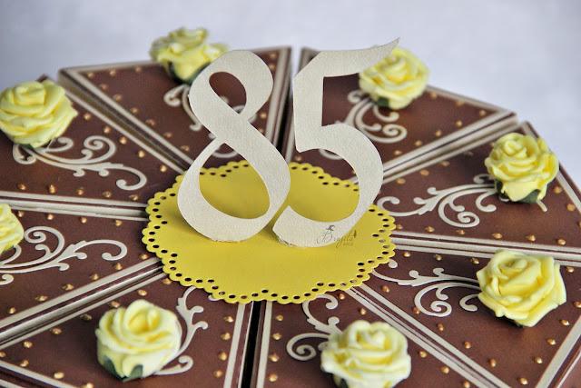 papierowy tort, torcik z papieru,