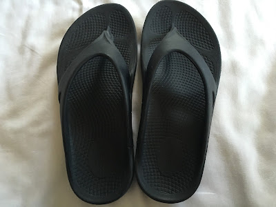 oofos recovery sandal shoe review
