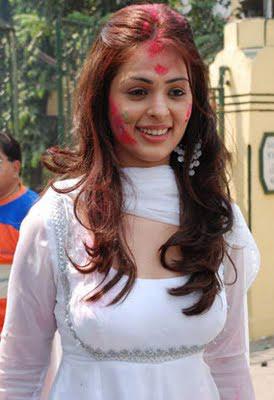 South Actress Anjana Sukhani Holi Photos