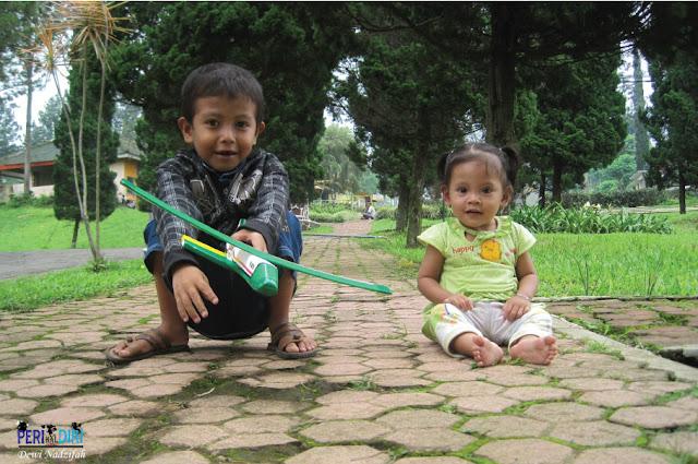 jalan setapak penuh kenangan di kebun teh wonosari