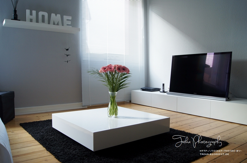 neu im wohnzimmer lamellenjalousien nicest things food interior diy neu im wohnzimmer. Black Bedroom Furniture Sets. Home Design Ideas