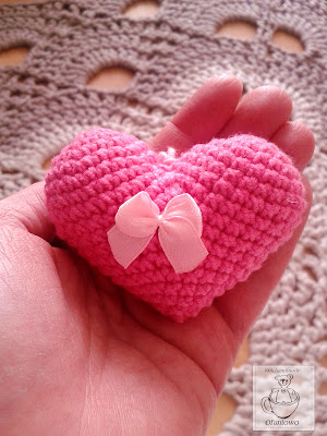 Amigurumi crochet heart - Ofuniowo