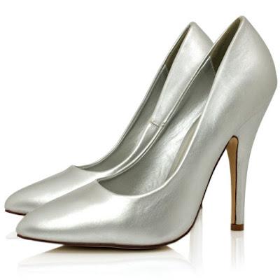 zapatos plateados para niña