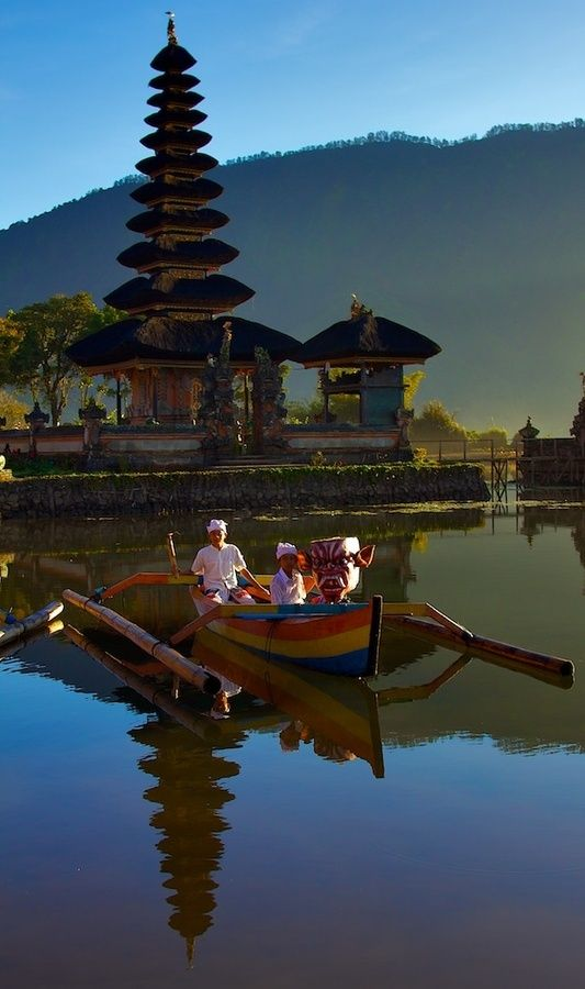 Bratan lake and Ulun Danu temple, Bali, Indonesia