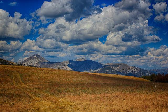 geology travel trips Montana Oregon Washington California landscape photos copyright RocDocTravel.com