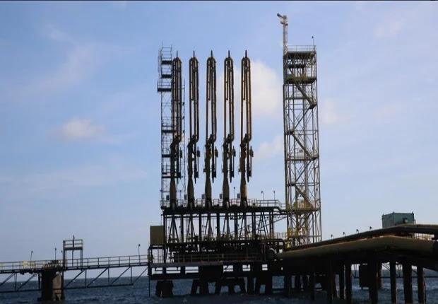 Quevedo: En la refinería de Aruba se procesarán 200 mil barriles de crudo diarios