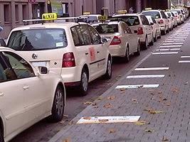 taxi versicherung taxifahrer taxiecke taxiversicherungen. Black Bedroom Furniture Sets. Home Design Ideas