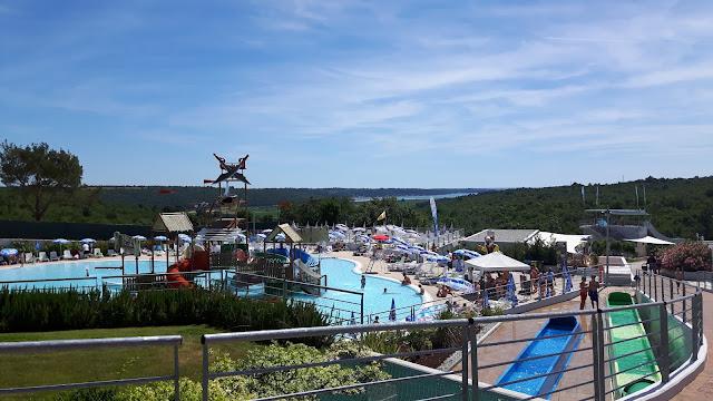 Wasserrutschen in Wasserpark Istralandia in Istrien
