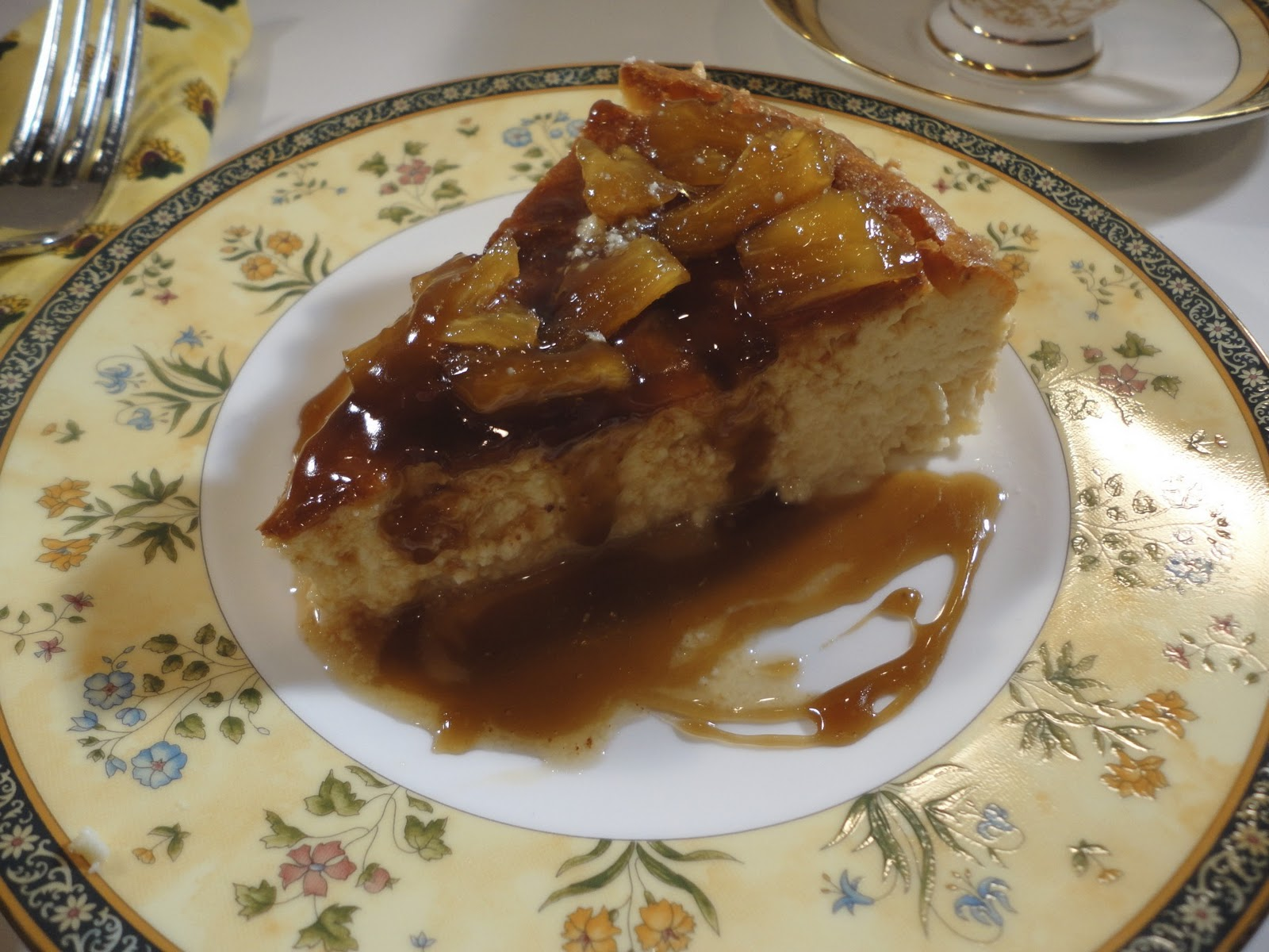 Mystery Lovers\' Kitchen: Tommy Bahama Pineapple Caramel Cheesecake ...