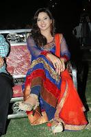 Isha Chawla Latest Glamorous Photos HeyAndhra