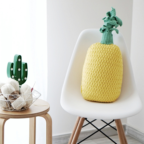 Crochet Pineapple Pillow - Free Pattern