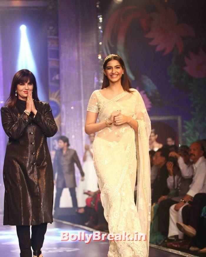 Neeta Lulla, Sonam Kapoor, Sonam Kapoor Pics in White Saree - IIJW Finale 2014