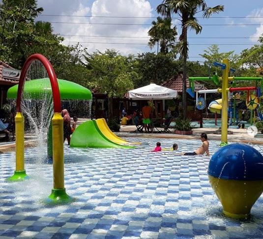 gumul paradise island waterpark wisata kediri