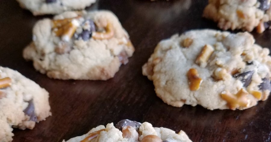Copycat Panera Kitchen Sink Cookies