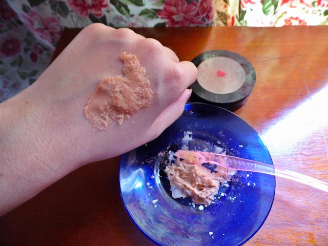 Como fazer massa para Maquiagem Artística caseira