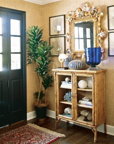 coastal entryway decor idea large seashell mirror