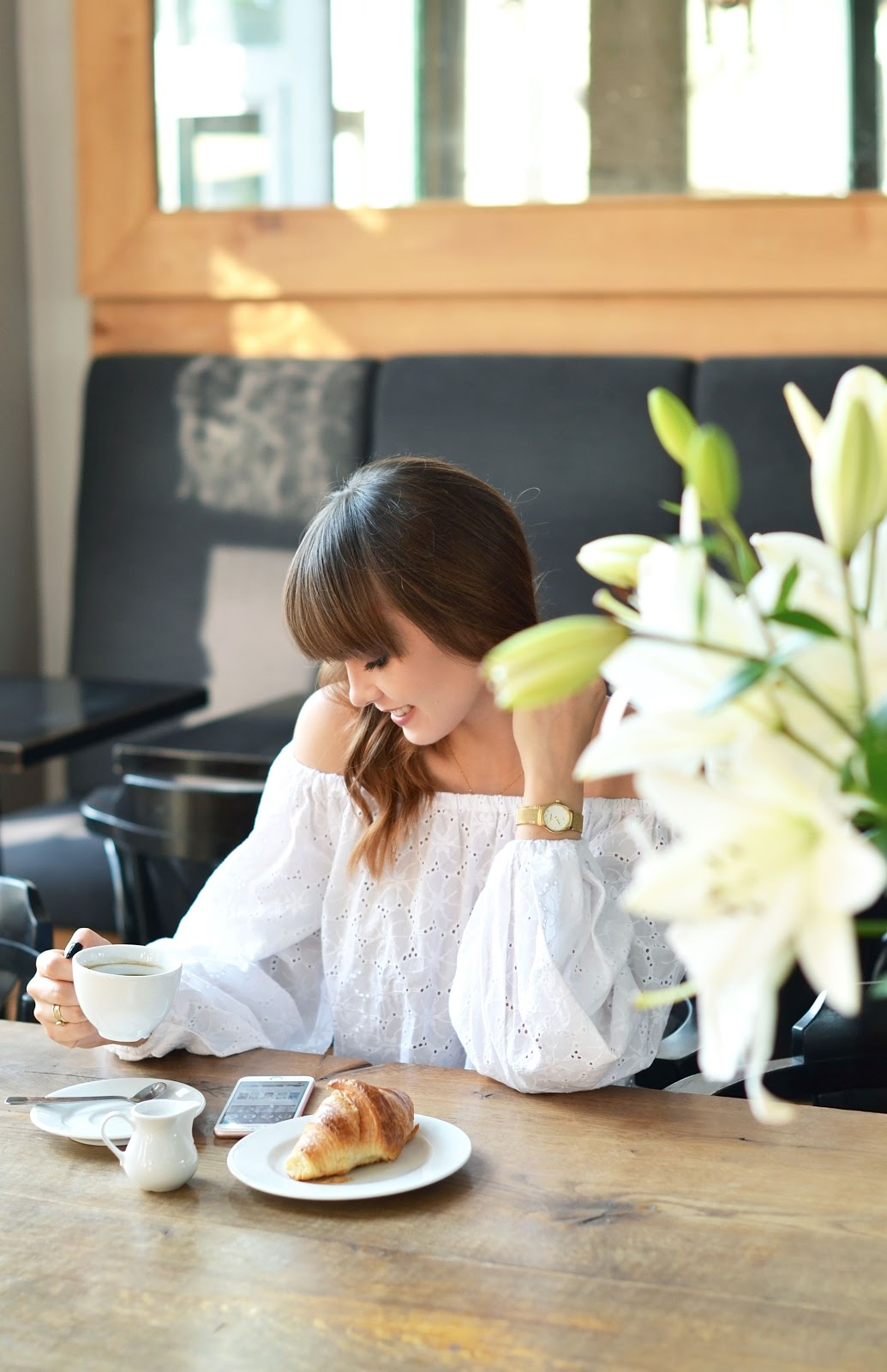 blogi o modzie | cammy blog | biala bluzka |