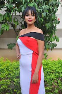 amala paul stunning stills 21