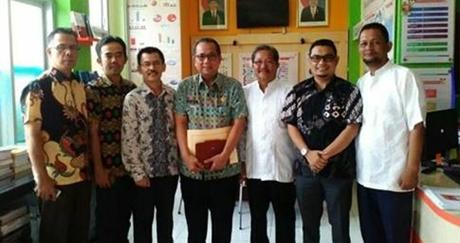 Pjs Wako Alwis Lakukan Kunjungan ke KPU Kota Padang