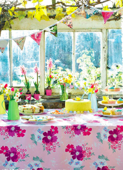 Easter+party+table Happy Mothers Day | Easter Shopping and Decoration | Syling From Selina Lake