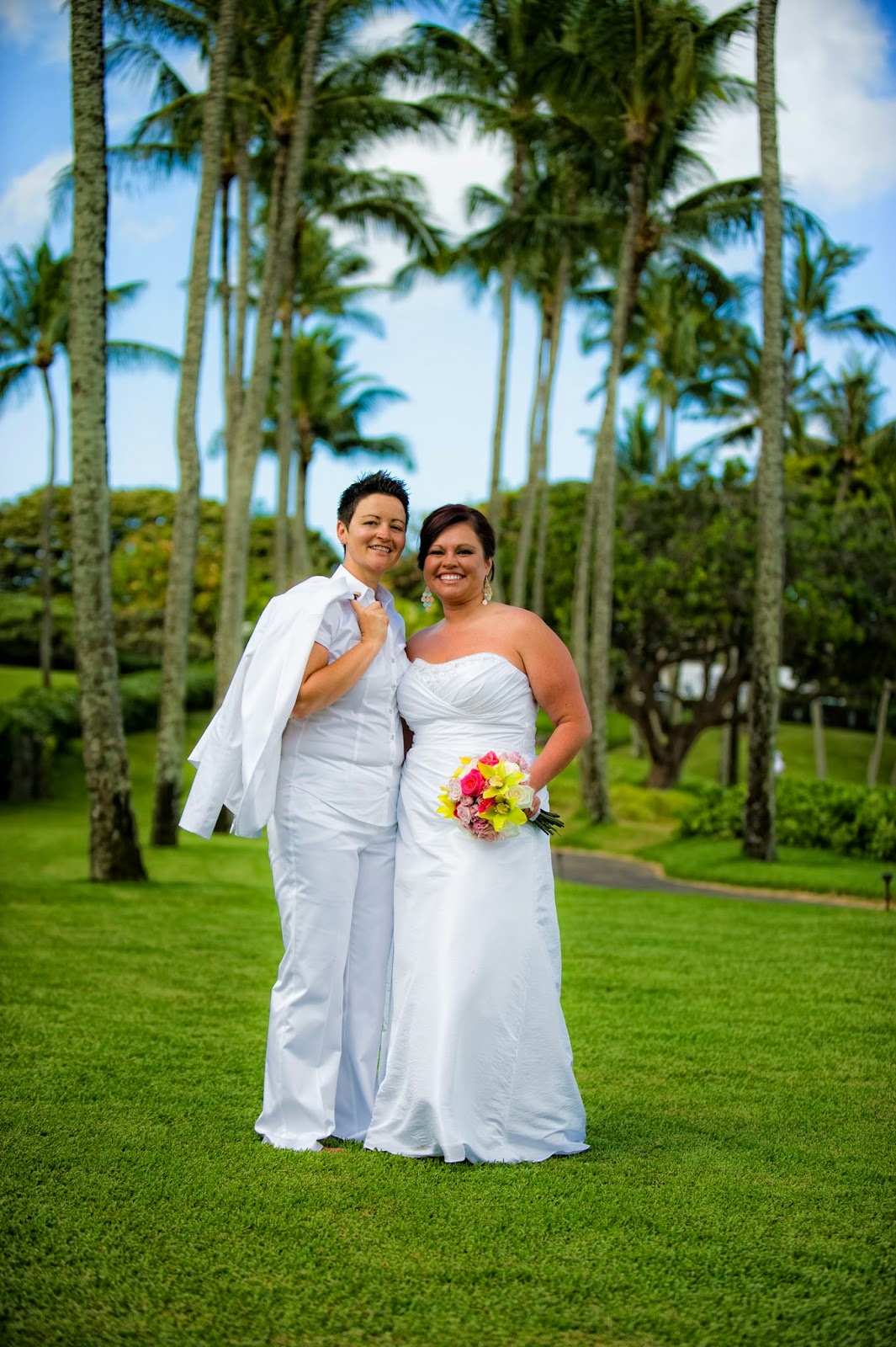 maui gay weddings, maui gay wedding planners, maui gay wedding photographers, maui gay wedding kapalua