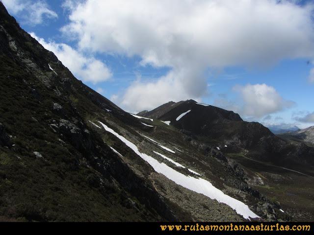 Ruta Les Rapaines, Lago Ubales, Cascayón: Sendero al Ubales