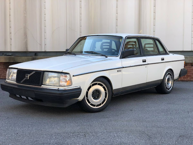 Daily Turismo: LS V8 Swapped: 1990 Volvo 240 DL