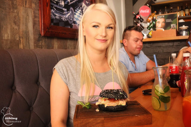 Festiwal Burgerów - American Steak & Burger, Sushi w dłoń, Heksagon