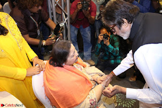 Amitabh Bachchan Launches Worlds 1st Mobile App Abc Of  Health 002.JPG