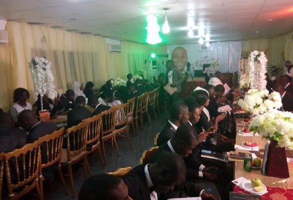 Saraki organizes dinner for 71 First Class graduates in Kwara