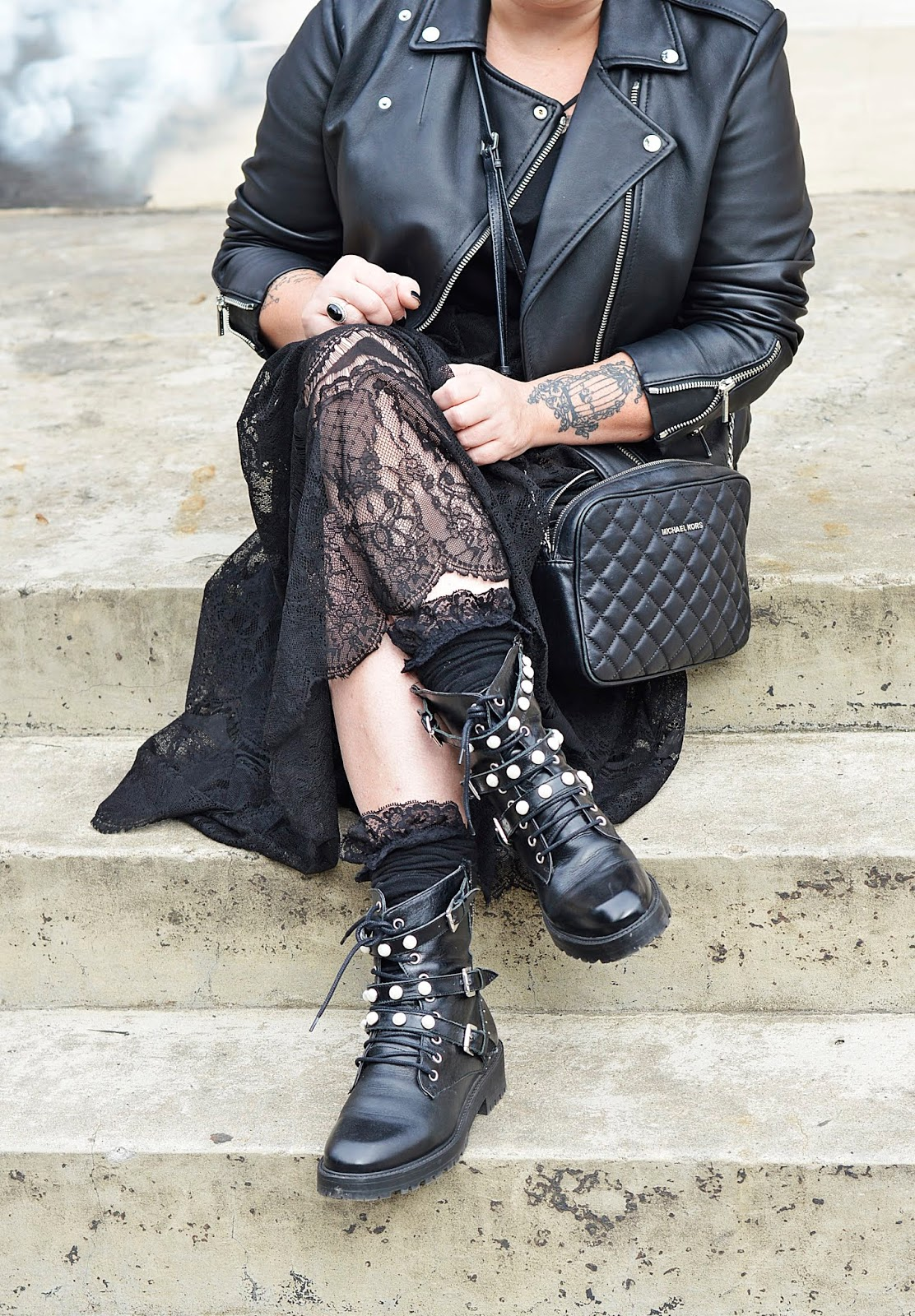 Black total look, Total black look, rock style