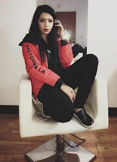 Jasmine Sandlas Hot