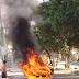 Carro em chamas na região norte da capital