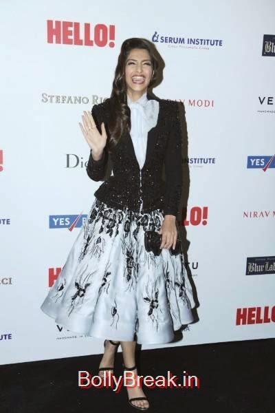 Sonam Kapoor Photo Gallery, Sonam Kapoor Hot Pics in Black & White Skirt from Hall Of Fame Awards 2014